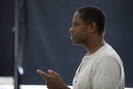 SEU alumnus Tim Russ teaches an on-camera master class