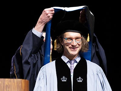 2019 Commencement speaker Christopher Washburne receives his honorary degree stole