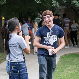 freshman students connect at Topper Night