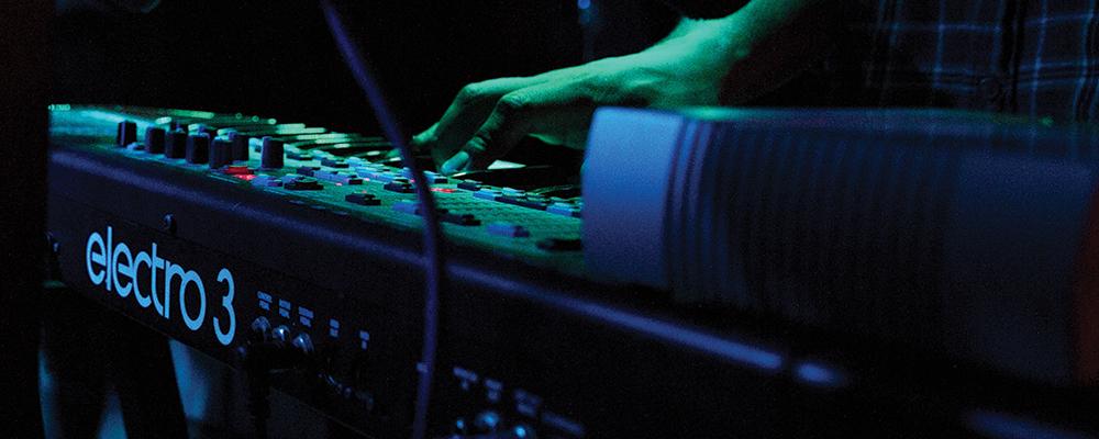 Maga Carda keyboard performance