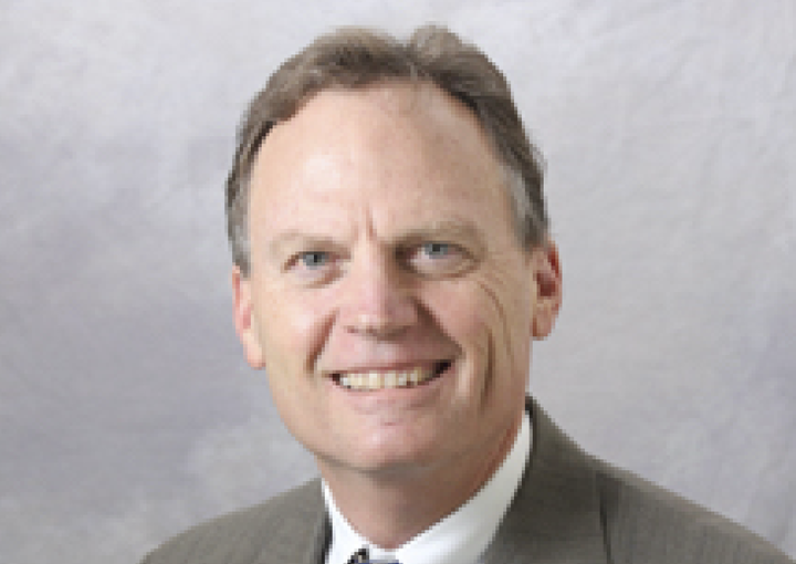 Michael Lucksinger '74  –Distinguished Alumni Award